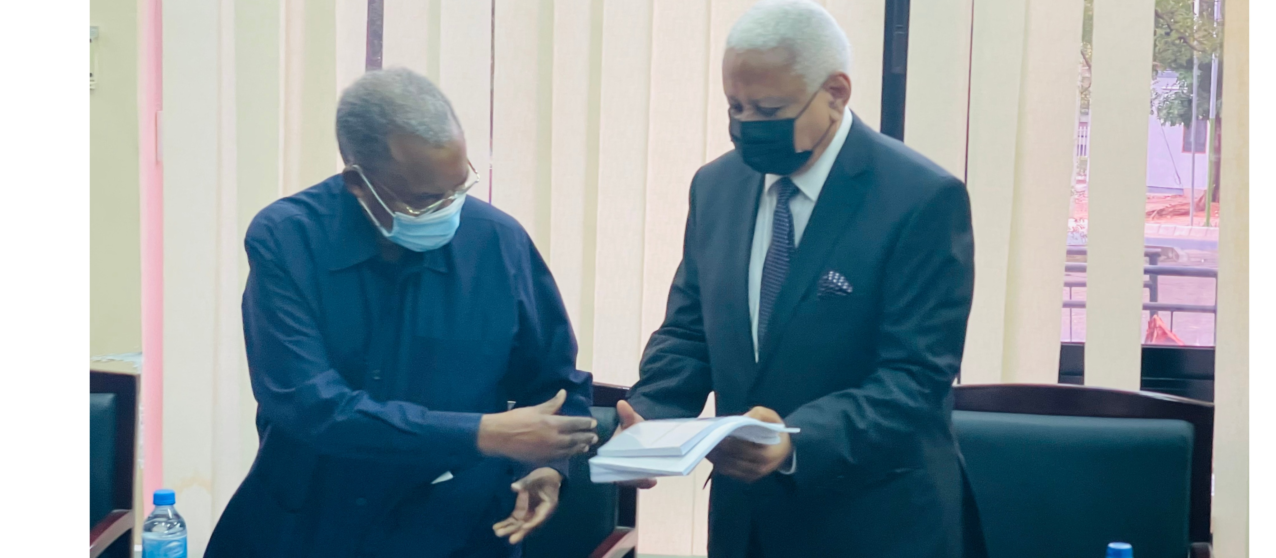 The former Ardhi University Chancellor, Former Prime Minister Hon. Cleopa David Msuya and the newly appointed Chancellor the Former Chief Justice Hon. Mohammed Chande Othman during the handing over ceremony held at ARU on 9th September, 2021